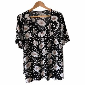 Laura Plus V Neck Black with White Flowers Top, 2X